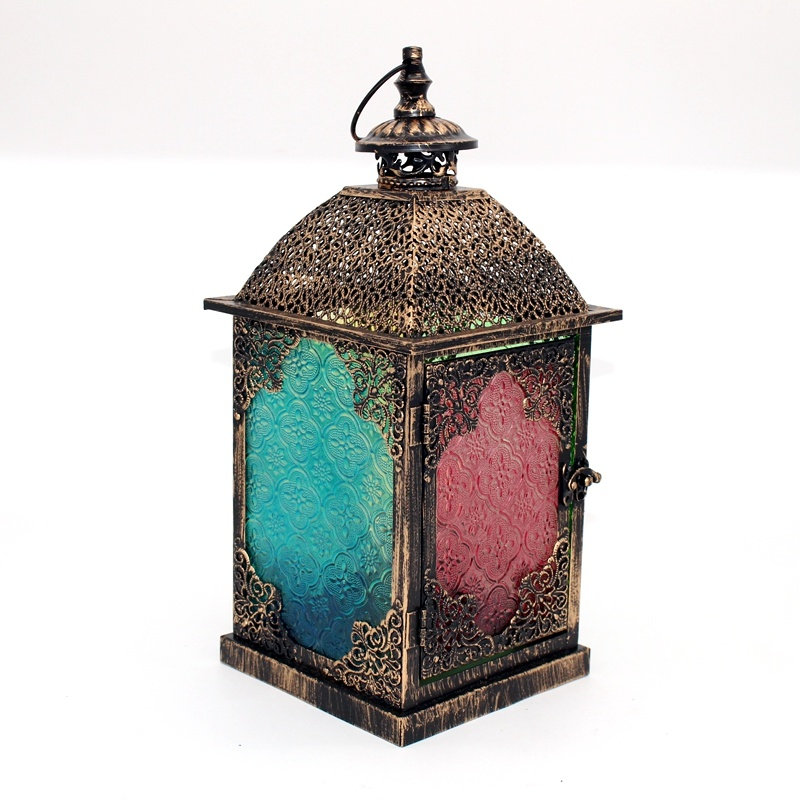 Classical gold metal moroccan lantern windproof brass lantern for wedding decoration