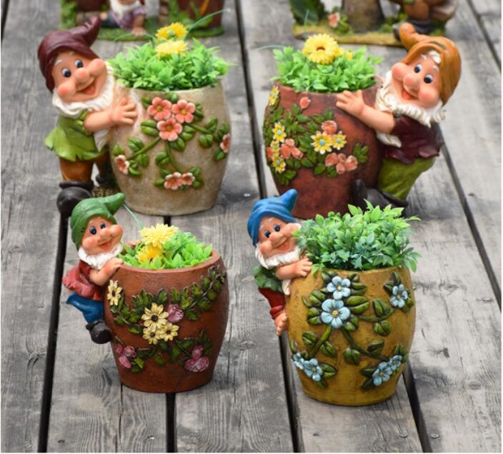 hand painted resin elf santa statues figure with resin plant pot flower desgin