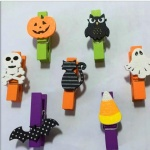Promotional halloween theme clothes pin colorful wooden craft clip